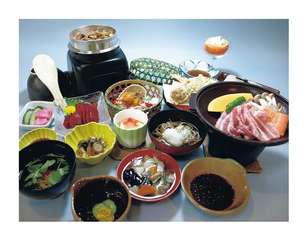 地元食材にこだわる料理の数々