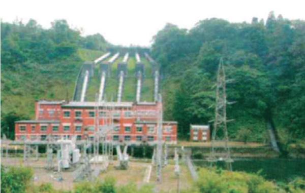 東京電力猪苗代第二発電所(大正7年竣工)